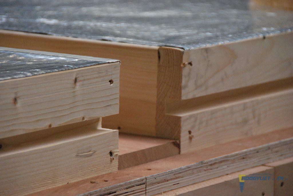 Hoogvliet fabricage houtskelet eigen timmerfabriek